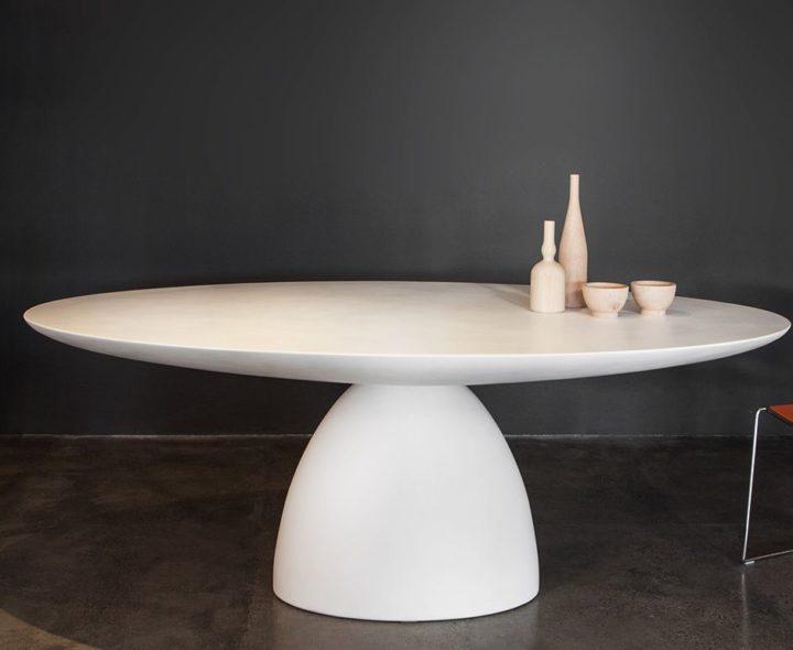 Ellipse table
